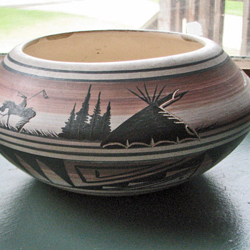 navaho planter or bowl is this orginal - Native American