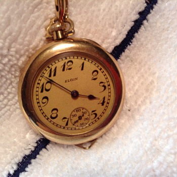 Elgin antique ladies gold pocket/wrist watch.  Runs. - Wristwatches