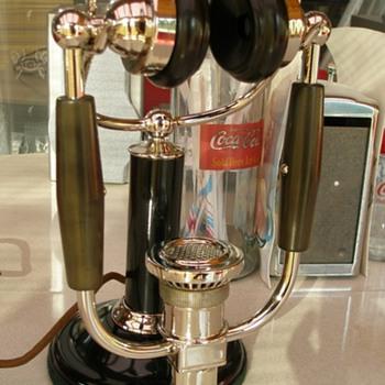 Magnavox Telephone