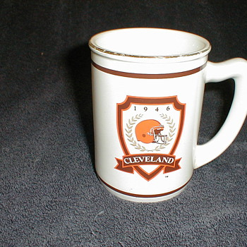 1946 Cleveland Mug - Football