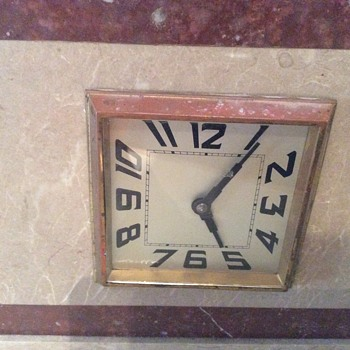 Art Deco Mantle Clock / France / NEED IDENTIFICATION