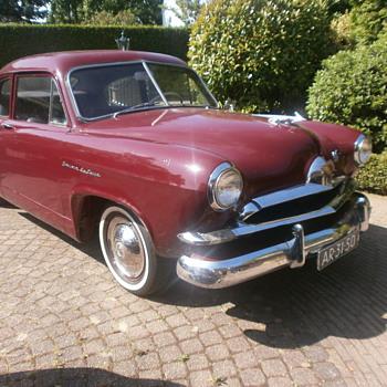Henry J. Kaiser corsair deluxe 1954, very rare !!! - Classic Cars