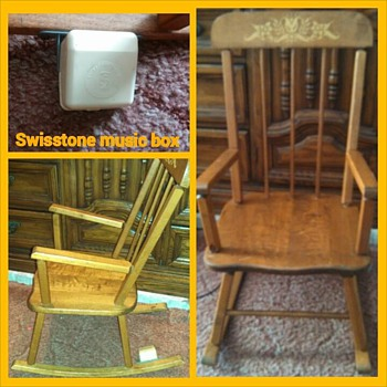CHildrens rocker with swisstone music box