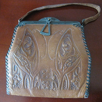Arts & Crafts Leather Purses - Arts and Crafts