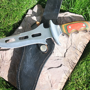 "PAKISTANI-Made FULL TANG ""FANTASY-Style"" FIXED BLADED KNIFE & ORIGINAL MATCHING SHIETH - Tools and Hardware"