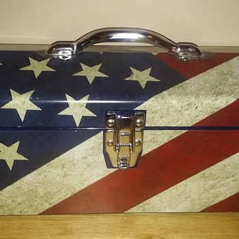 A Patriotic Box! - Tools and Hardware