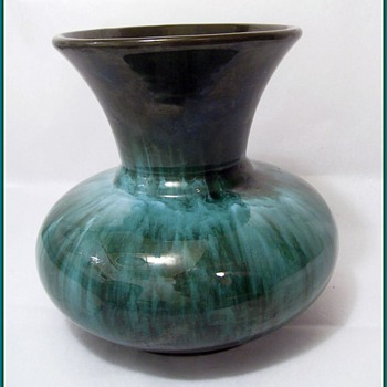 BLUE MOUNTAIN POTTERY -- CANADA - Pottery