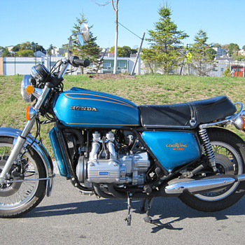 Classic 1975 GL1000 Goldwing - Motorcycles