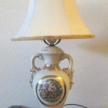 Vintage George and Martha  Table Lamp