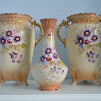 Fieldings (SF & Co) Royal Tudor vases - late 19th century - Art Pottery
