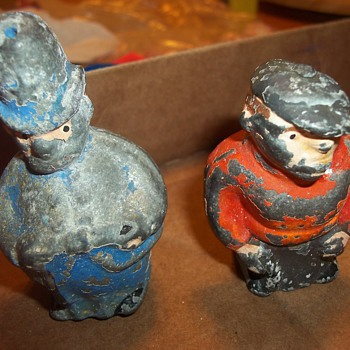 POT METAL SALT PEPPER SHAKERS