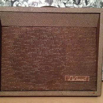 1960 DeArmond R5T  - Guitars