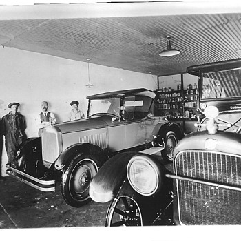 Grundmann Service Garage, Redondo Beach, CA - Classic Cars