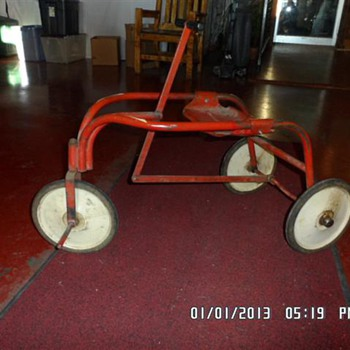 Wanted Information on This Strange trike/Irish Mail  - Toys