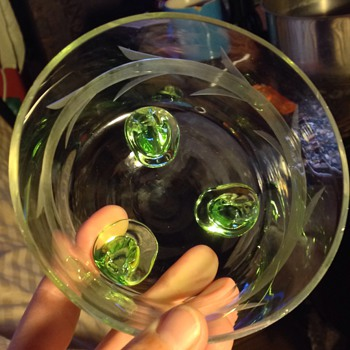 (wheel?) Cut & frosted bowl on uranium glass feet