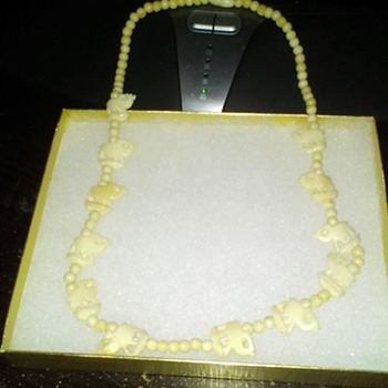 Very Old Ivory Neckless - Fine Jewelry