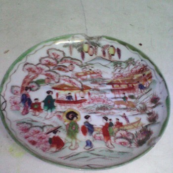 1930 original japan hand made & painted 2 ceramic plates