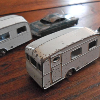 LESNEY MATCHBOX - TRAILER CARAVAN - #23 - Model Cars