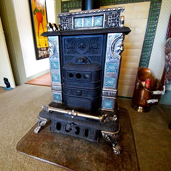 Floral Estate Mint Condition Stove (converted to gas) - Kitchen