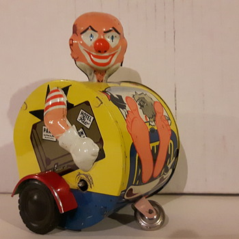 Karl Bub Tin Lithographed Key Wind Clown Car - Toys