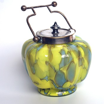 Unusual WELZ? biscuit/trinket jar - Art Glass