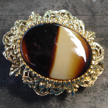  AGATE SCARF CLIP - Costume Jewelry