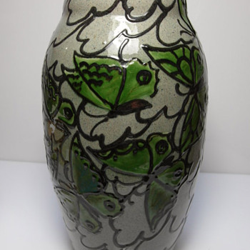 Kunsttöpferei Kandern 832 - Art Pottery