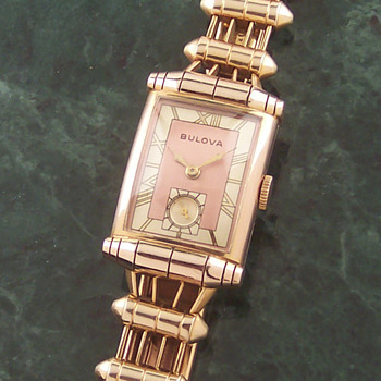 Deco Era Bulova Scroll Lug Man's Watch