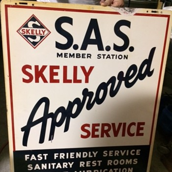 Skelly S.A.S. Sign