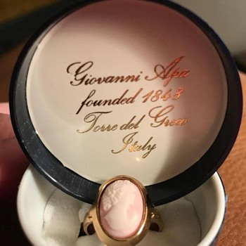 Beautiful pink Giovanni Apa Cameo Ring - Fine Jewelry