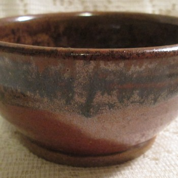 Bowl with glass interior - Art Pottery