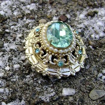 Vintage Coro Brooch Aquamarine & Pearl - Costume Jewelry