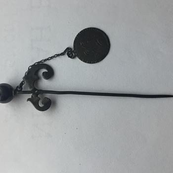 Vintage stick pin or kilt pin
