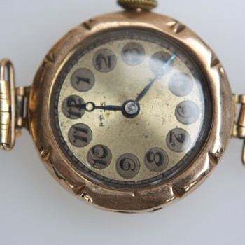 Mystery Rolex Rose gold 9c watch found in an old box.