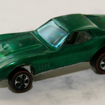 1967 Hot Wheels Custom Corvette - Model Cars