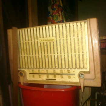 Radio I found in my Grandfather workshop in the basement of the house