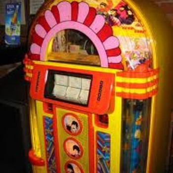 Yellow Submarine Jukebox NEW STILL IN BOX - Music