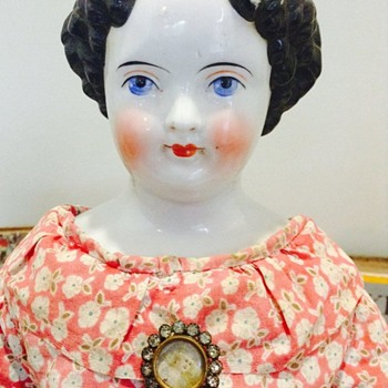 A 'Flat Top' China Head Beauty - Dolls