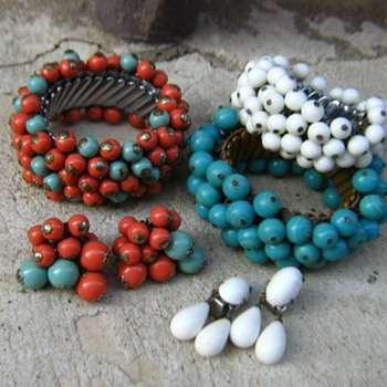 1960's painted wood and glass beads from Japan? - Costume Jewelry