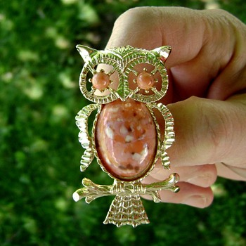 Gerry's Miss Owl Brooch - Costume Jewelry