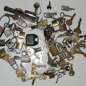 Lot of Keys and Locks - Tools and Hardware