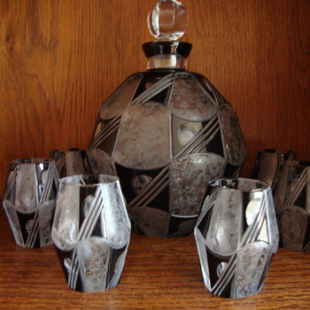 art deco decanter and glasses