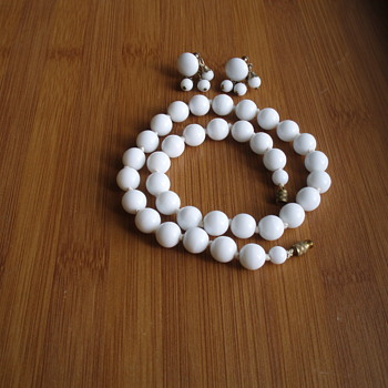 Vintage milk glass earrings and necklace
