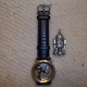 Star Wars Watch By Fossil And Small R-2 D-2 Pendant - Wristwatches