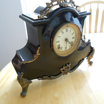 Need Help Identifying Antique Clock
