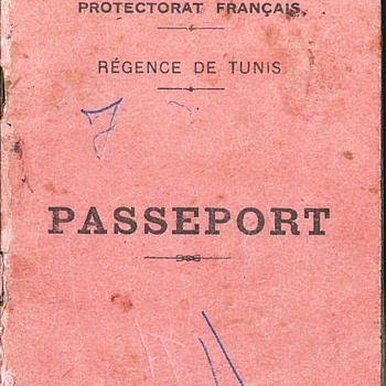 1947 French Tunisian passport - Paper