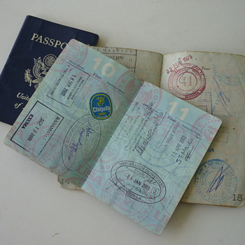 Old passports - Paper