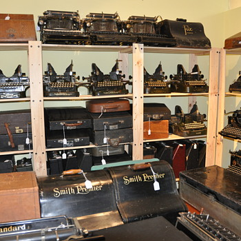 My typewriters collection in website - Office