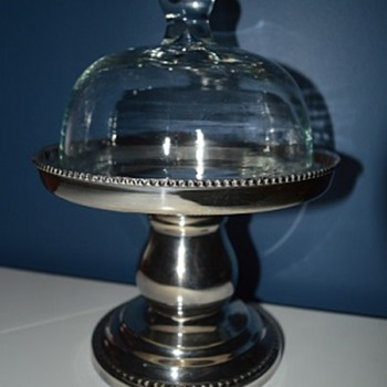 Bombay Company Cheese Display With Glass Dome Lid - Kitchen