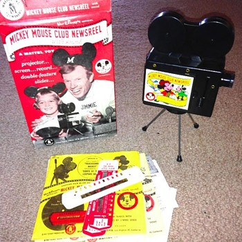 VINTAGE MICKEY MOUSE CLUB. PROJECTOR/REELS, INTACT, 1950s.